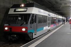 ASM Aare - Seeland - Mobil Gelenktriebwagen GTW  Be 2/6 5071 ( Inbetriebnahme 1997 als 507 - Hersteller Stadler Rail - Ex BTI Biel – Täuffelen – Ins - Bahn - Gelenk Triebwagen Triebzug ) am Bahnhof Biel - Bienne im Kanton Bern der Schweiz (chrchr_75) Tags: albumzzz201701januar christoph hurni chriguhurni chrchr75 chriguhurnibluemailch januar 2017 albumbahnenderschweiz201716 albumbahnenderschweiz schweizer bahnen eisenbahn bahn schweiz suisse switzerland svizzera suissa swiss albumbahnasmaareseelandmobil asm albumbahnbtibieltäuffeleninsbahn bti biel täuffelen ins berner seeland kanton bern kantonbern
