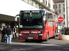 DSCN0134 WHITE TRANS, Praha-Nebušice 2AH 3096 (Skillsbus) Tags: buses coaches czechrepublic whitetrans mercedes tourismo hcslavia