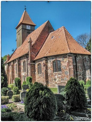 """Ev. Dorfkirche """"St. Katharinen"""" von Middelhagen"""