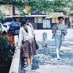 Geiko Walk (Kyoto) (yoannpupat) Tags: a7r geiko kyoto square summicron 50mm