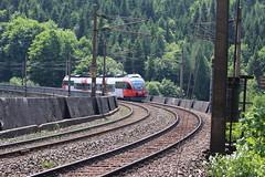 BB 4023 011 mit R 2960 von Semmering nach Payerbach-Reichenau (oberhaidinger) Tags: eisenbahn zug bb semmering bundesbahn lok bahnstrecke semmeringbahn d