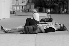 City nap (T-ibo) Tags: monochrome nap pedestrian sieste pitons