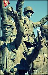Rockford (ireninakmer) Tags: usa statue illinois war guerra statua rockford statiuniti