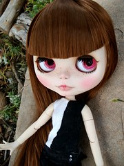 now with bangs (.:Implingz:.) Tags: factory blythe custom fa