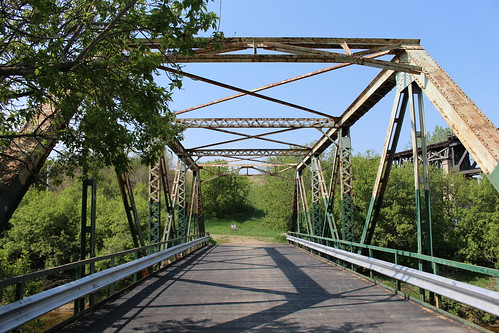Cree Pedestrian Bridge (Moose Jaw, Saskatchewan)
