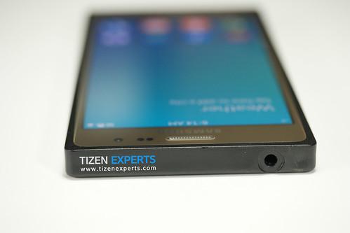 "Samsung-Z3-Developer-Device-TM1-Tizen-Experts-1 • <a style=""font-size:0.8em;"" href=""http://www.flickr.com/photos/108840277@N03/20111333318/"" target=""_blank"">View on Flickr</a>"