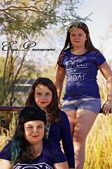 _MG_4178 (goss_maggie) Tags: familyphotos sistersphotos whitetanksaz desertaz treeclimbing
