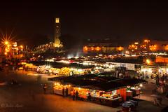 Jemaa El Fna, by night (Justin Zante) Tags: medina souk nuit long exposure pose longue jemaa el fna night aqua café mint tea thé menthe koutoubia market minaret marrakech marrakesh morocco maroc holidays canon 60d 1635l