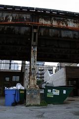 (BCalico) Tags: blue chicago dumpster train graffiti garbage alley cta tag tracks chub bin chi graff weez d30 weezy handstyle wyse