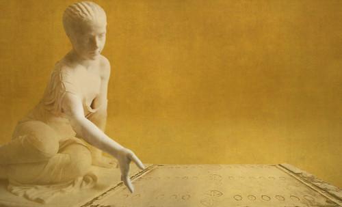 "Petteia - Ludus Latrunculorum  / Iconografía de las civilizaciones helenolatinas • <a style=""font-size:0.8em;"" href=""http://www.flickr.com/photos/30735181@N00/31710142203/"" target=""_blank"">View on Flickr</a>"