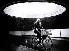 All blessings come from above - Merry Christmas (René Mollet) Tags: rain raindown plessing above blackandwhite bicycle bike bw monchrom monochromphotographie renémollet merry xmas olympus zuiko netherlands groningen woman joy