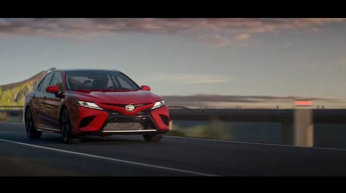 2018-toyota-camry-unveiled-in-detroit-looks-sporty_18