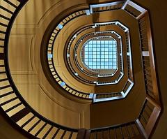 Art Nouveau (Arx Zyanos) Tags: sony a6500 ilce6500 zeiss batis zeissbatis zeissbatis225 zeissbatis2520 munich münchen architecture staircase treppenhaus artnouveau jugenstil