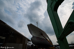(yomoneko1) Tags: shipyard crane ship port sony α700