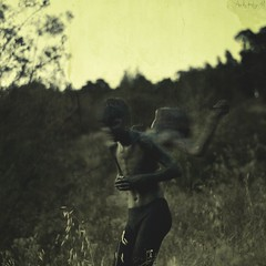 EXTRACTION (Art by Hugo. M) Tags: black art nature field contrast landscape photography day tag fineart bad evil soul minimalism extrieur mothernature brun bk fineartphotography vast sie surrealiste goldenhours magichours blackevil brookeshaden firemeetfgasoline driftingsoul