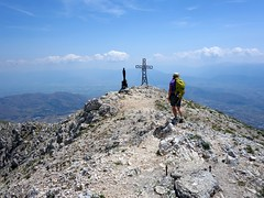 "Approaching the summit of Monte Velino • <a style=""font-size:0.8em;"" href=""http://www.flickr.com/photos/41849531@N04/19561552550/"" target=""_blank"">View on Flickr</a>"
