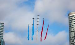 Defil du 14 Juillet (Vince Mako) Tags: paris france plane canon de french army ladefense airforce arme 14juillet paf patrouille defil eos60d