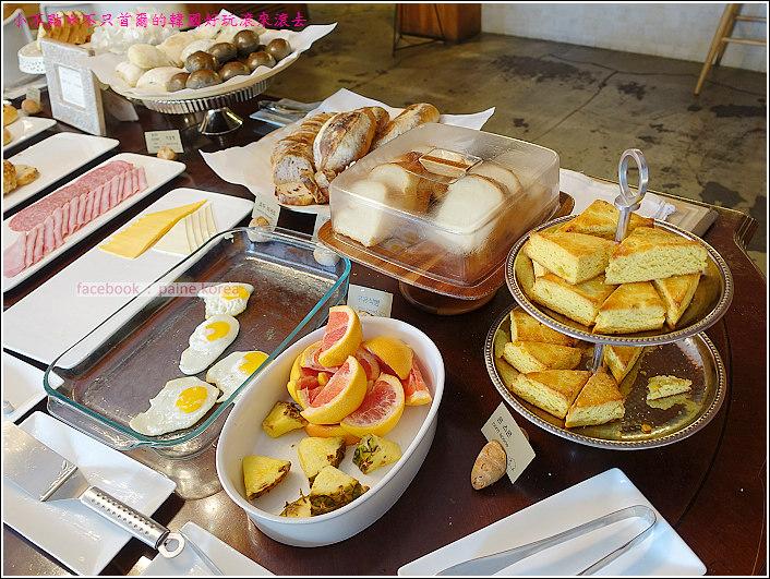 弘大 the famous lamb 早午餐buffet (6).JPG