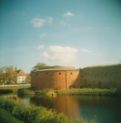 (Monica Forss) Tags: holga120n film analog 120 6x6 mediumformat plasticlens toycamera lomographycolournegiso100 lomography castle moat sweden malmö