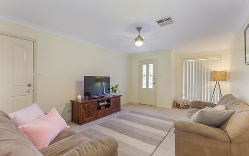1/15 Hatchinson Crescent, Jamisontown NSW