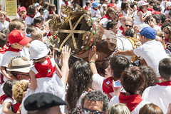 "SAN FERMIN 2015 14 • <a style=""font-size:0.8em;"" href=""http://www.flickr.com/photos/39020941@N05/19072494553/"" target=""_blank"">View on Flickr</a>"
