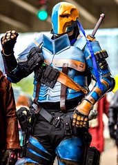 Boston ComiCon 2015 (melmark44) Tags: blue boston gold trafficlight costume cosplay bokeh depthoffield warrior bodyarmor comicon2015