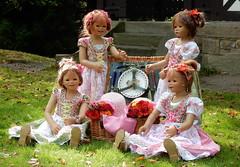 Kindergartenkinder ... (Kindergartenkinder) Tags: dolls himstedt annette kindergartenkinder kostüm annemoni personen kind milina tivi sanrike