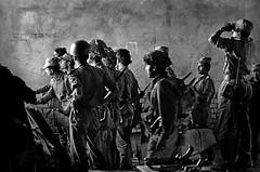 Photographer: Raghu Rai (liberationwarbangladesh.org) Tags: anticipation armedforces arméedeterre army bangladesh bangladeshliberationwar bangladeshwarofindependence battledress binoculars blackandwhite candidphotography comrade forcesmilitaires groupofpeople groupe guerredindépendancedubangladesh jumelles manallages masculin midadult platoon processed soldier tenuedecombat threequarterlength unrestconflictsandwar youngadult