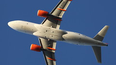 G-EZGA  A319 close up (deanhammersley) Tags: a319 airbisu easyjet underside underneath close up winter sun
