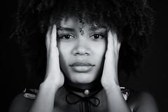 Prise de tête (Littlepois Photographie) Tags: nikon d4 littlepois nikon2470f28 lr4 silverefexpro nb bw noiretblanc blackandwhite portrait femme mannequin strobist studio woman visage face