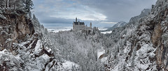 The pearl of Neuschwanstein (FredConcha) Tags: neuschwanstein palace castele´germany nature snow frozen marienbrucke cliffs panoramic photography landscape fredconcha nikon d800 1635 trees