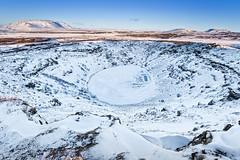 Cratera do Keriđ (Daniel Caridade) Tags: keriđ crater volcano iceland snow mountain sunset kerid cratera vulcão islândia neve montanha pôrdosol céu azul blue sky golden circle círculo dourado
