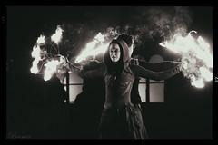 (772) (boomer_phil) Tags: feu nocturne nuit nikon d500 femmes danse dance bw monochrome spectacle