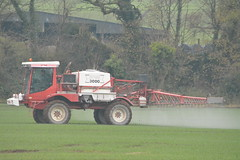 Bateman RB25 3000 Self Propelled Sprayer (Shane Casey CK25) Tags: bateman rb25 3000 self propelled sprayer red bartlemy fungicide insecticide corn2016 corn crop tillage crops cereal cereals county cork ireland irish farm farmer farming agri agriculture contractor field ground soil earth work working horse power horsepower hp pull pulling nikon d7100 traktor tracteur traktori trekker trator ciągnik