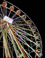 Ferris Wheel at Luxembourg Christmas Market (Wagsy Wheeler) Tags: luxembourg luxembourgcity christmas wheel ferriswheel ferris night nighttime lights germanmarket evening