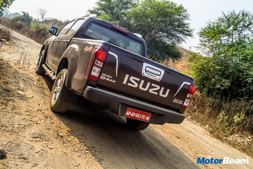 Isuzu-D-Max-V-Cross-Review-26