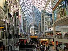 IMG_1616_edit (fotograf.416) Tags: toronto building architecture wideangle inside eatoncentre uvfilter 20060128