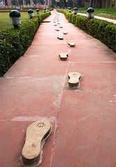 footsteps of Gandhi. (erinmariepage) Tags: india delhi gandhi footsteps mkgandhi