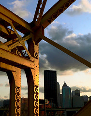 Where's the Superhero? (Matt Niemi) Tags: pittsburgh sixteenthstreetbridge