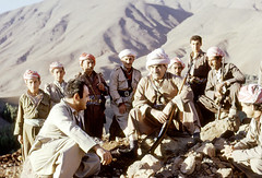 Un chef (Chris Kutschera) Tags: mountains montagne iraq politique militaire guerilla kurdistan kdp irak barzani kurds pdk hajomran personnalite peshmerga generalbarzani daratawfiq yonanberrohormiz kurdes samsahar2