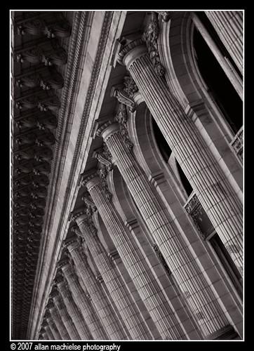 Endless Columns