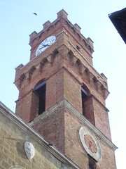 Clock Tower in Pienza (Adam J. Williams) Tags: gardens landscapes churches tuscany pienza renaissance leszczynski