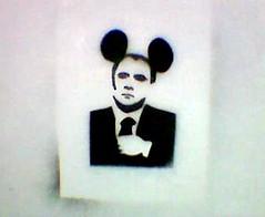 Ber-Loose-Ka (Master Mason) Tags: stencil italia explore berlusconi elezioni politica forl unapoliticapertutti icoglioni psicodramma freelan freelanpolitica vaffaday