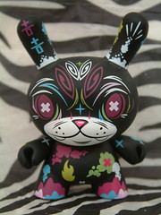painkiller dunny by Thomas Han (kitty27) Tags: toy toys vinyl kidrobot kitty27 dunny pinstripes thomashan ladunny