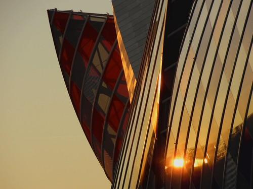 Coucher soleil Vuitton.. Vuitton sunset....
