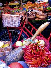 Red (Alicia B,) Tags: mercado market verdura roma red rojo campodeifiori