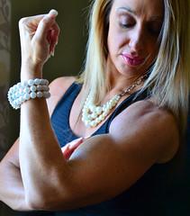 DSC_0258jj (ARDENT PHOTOGRAPHER) Tags: muscular biceps female flexing bodybuildingwoman