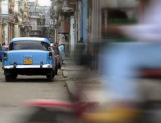 Una moto se cruzó en La Habana