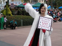 Cruella de Ville (Paul Annett) Tags: vacation holiday photo orlando florida disney disneyworld wdw waltdisneyworld disneymgmstudios 101dalmations cruelladeville