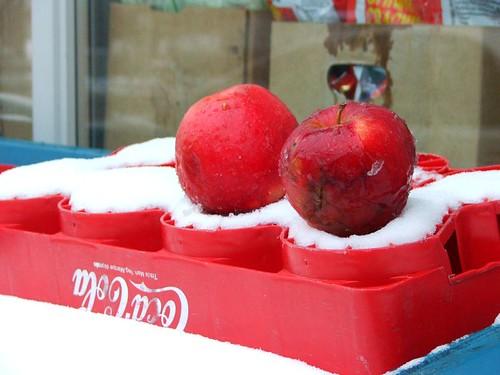street apples 4